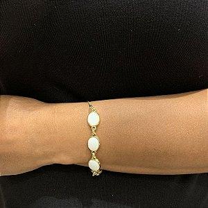 Pulseira pedra natural madrepérola oval ouro semijoia