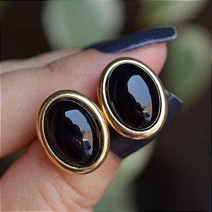Brinco oval pedra natural ágata preta ouro semijoia