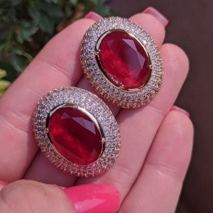 Brinco oval cristal rubi zircônia ouro semijoia 516010541