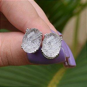 Brinco oval cristal ródio semijoia