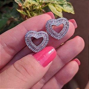 Brinco coração vazado zircônia ródio semijoia 512010299