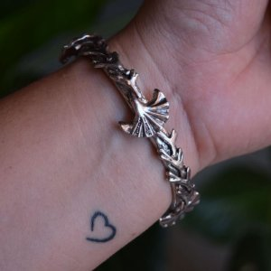 Bracelete Claudia Arbex concha prata velho semijoia
