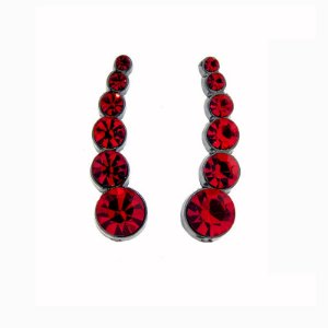 Brinco ear cuff Leticia Sarabia cristal vermelho