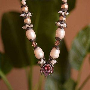 Colar Cláudia Arbex pérola e cristal rubi  semijoia