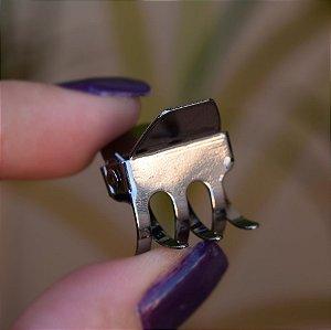 Piranha de cabelo metal pequena grafite