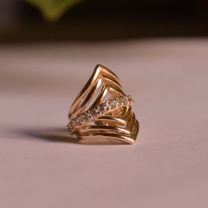 Piercing de encaixe individual zircônia cristal ouro semijoia