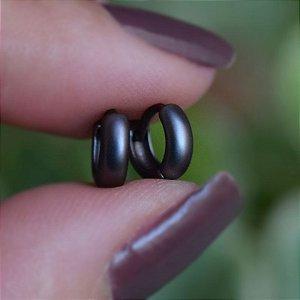 Brinco argolinha segundo furo ródio negro fosco semijoia 19A11021