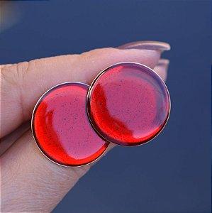 Brinco chapa redondo resinado vermelho