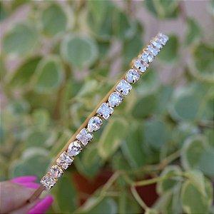 Tiara metal dourado com cristais