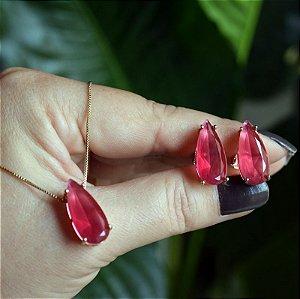 Colar e brinco gota alongada cristal fusion rosa magenta ouro semijoia