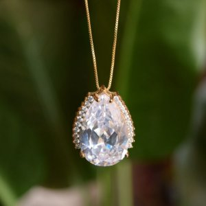 Colar gota cristal zircônia ouro semijoia