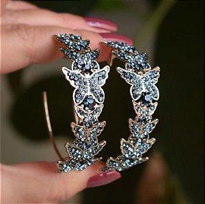 Brinco argola Leticia Sarabia borboleta mix azul