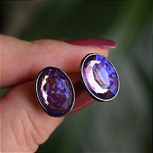 Brinco oval Leticia Sarabia cristal roxo