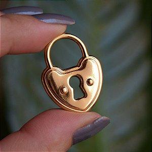 Pingente cadeado coração ouro semijoia