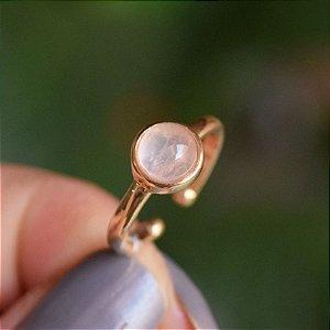 Anel pedra natural quartzo rosa ouro semijoia