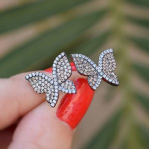 Brinco borboleta zircônia topázio ródio negro semijoia 19K10039