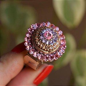 Anel ajustável Iza Perobelli cristais rosa e lilás dourado