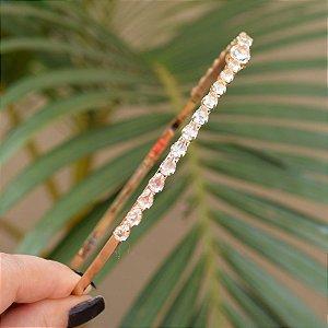 Tiara metal dourado com cristais gotas