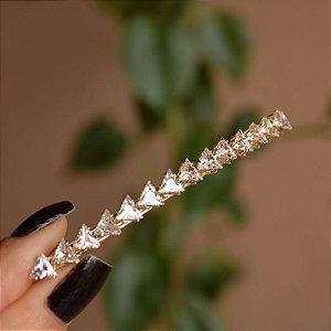 Presilha metal dourado com zircônia