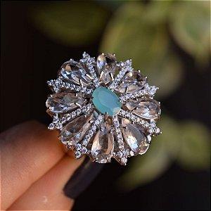 Anel oval cristal azul leitoso com zircônia ródio semijoia