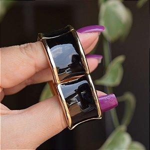 Bracelete metal esmaltado preto com dourado