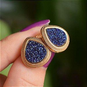 Brinco gota pedra natural drusa azul ouro semijoia