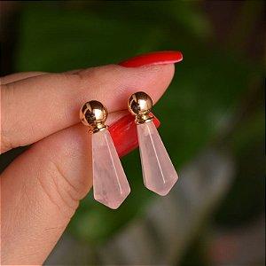 Brinco geométrico pedra natural quartzo rosa ouro semijoia