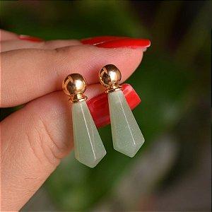 Brinco geométrico pedra natural quartzo verde ouro semijoia