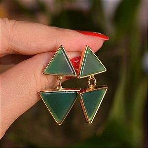 Brinco triângulos pedra natural ágata verde ouro semijoia