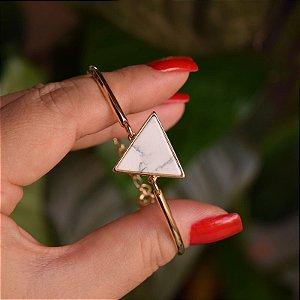 Bracelete geométrico pedra natural howlita branca ouro semijoia