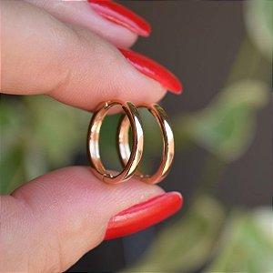 Brinco argolinha lisa ouro semijoia 09A03012