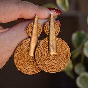 Brinco Design Natural fios de algodão caramelo dourado velho BR 2047