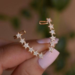 Brinco ear cuff zircônia estrela ouro semijoia