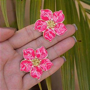 Brinco flor rosa pink dourado