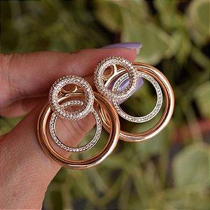 Brinco círculos zircônia ouro semijoia