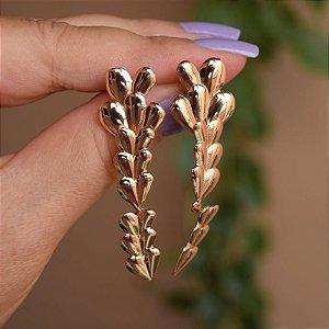 Brinco folhas ouro semijoia