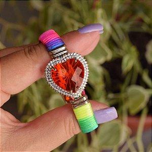 Bracelete couro sintético cristal coração fio de seda neon colorido