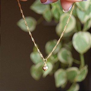 Tornozeleira corrente torcida ponto de luz e coração ouro semijoia