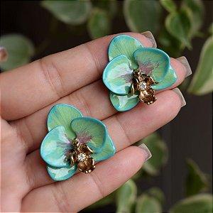 Brinco orquídea pintada à mão verde