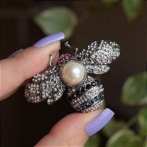 Broche abelha cristais com pérola prateado