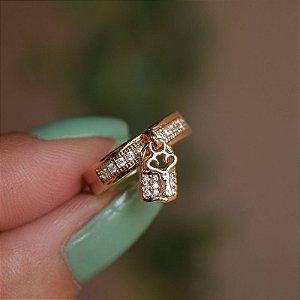 Anel chave e cadeado zircônia ouro semijoia
