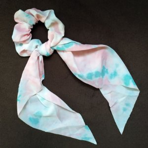 Elástico para cabelo scrunchie tie dye rosa com verde 560297