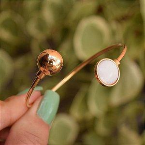 Bracelete ajustável pedra natural madrepérola ouro semijoia