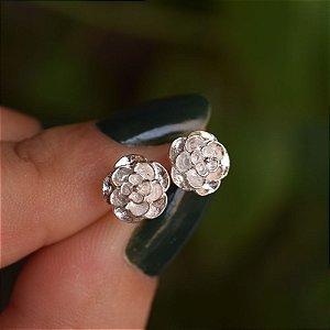Brinco mini flor m prata 925