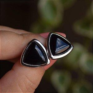 Brinco triângulo pedra natural ágata preta ródio semijoia