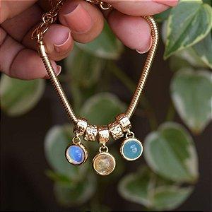 Pulseira pedras naturais opalina rutilo e ágata azul céu ouro semijoia