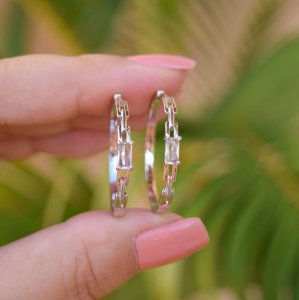 Brinco argola cristal rosa ródio semijoia 20A04019