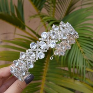 Tiara coroa noiva cristais ródio semijoia