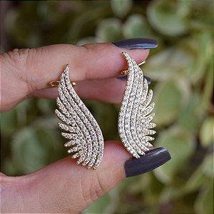 Brinco ear cuff asas zircônia ouro semijoia 19a08074
