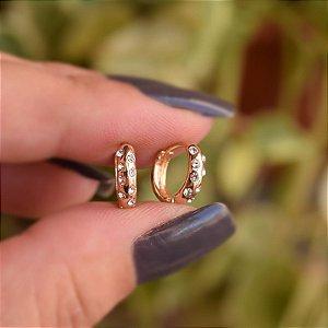 Brinco argolinha strass ouro semijoia 17k04043